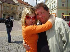 dcera s pyšným a milujícím tatínkem:)