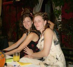 ... to su moje mile sestricky, ktore mi so vsetkym pomahali ...