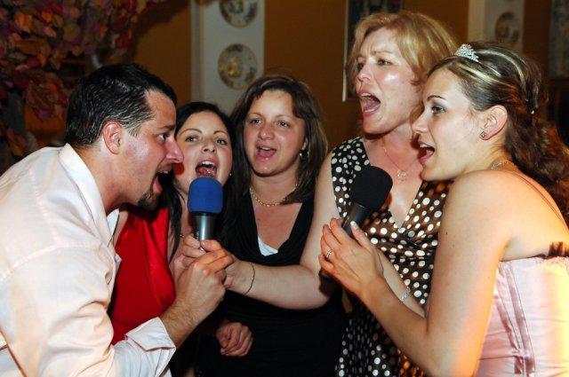 Janka{{_AND_}}Karol - O karaoke bol veľký záujem :-)