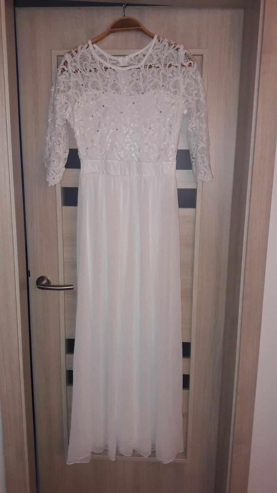 Jednoduché svadobné šaty s čipkou  - Obrázok č. 1