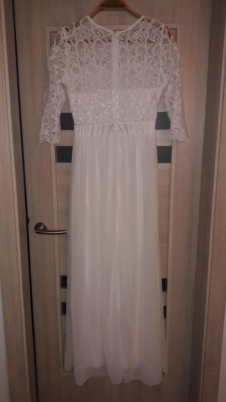 Jednoduché svadobné šaty s čipkou  - Obrázok č. 2