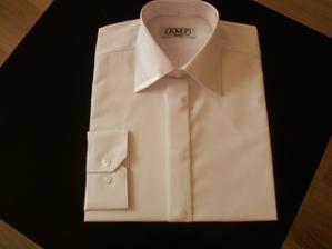 Už jsem ušila i svatební košili :-)))))