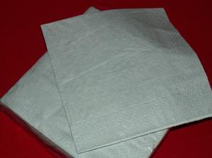 Huráááááá vykoupila jsem papírnictví ale mám stříbrné ubrousky :-)))