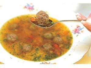 knedlíčková polévka bude...