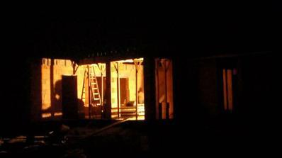prva nocna :)) 17:40 a tma ako v rohu...