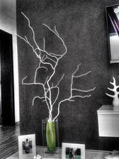Dnesna dekoracia... vazu si nevsimajte ta sa zmeni este...zatial docasne a este aj to ozubene cudo na policke pojde prec :)