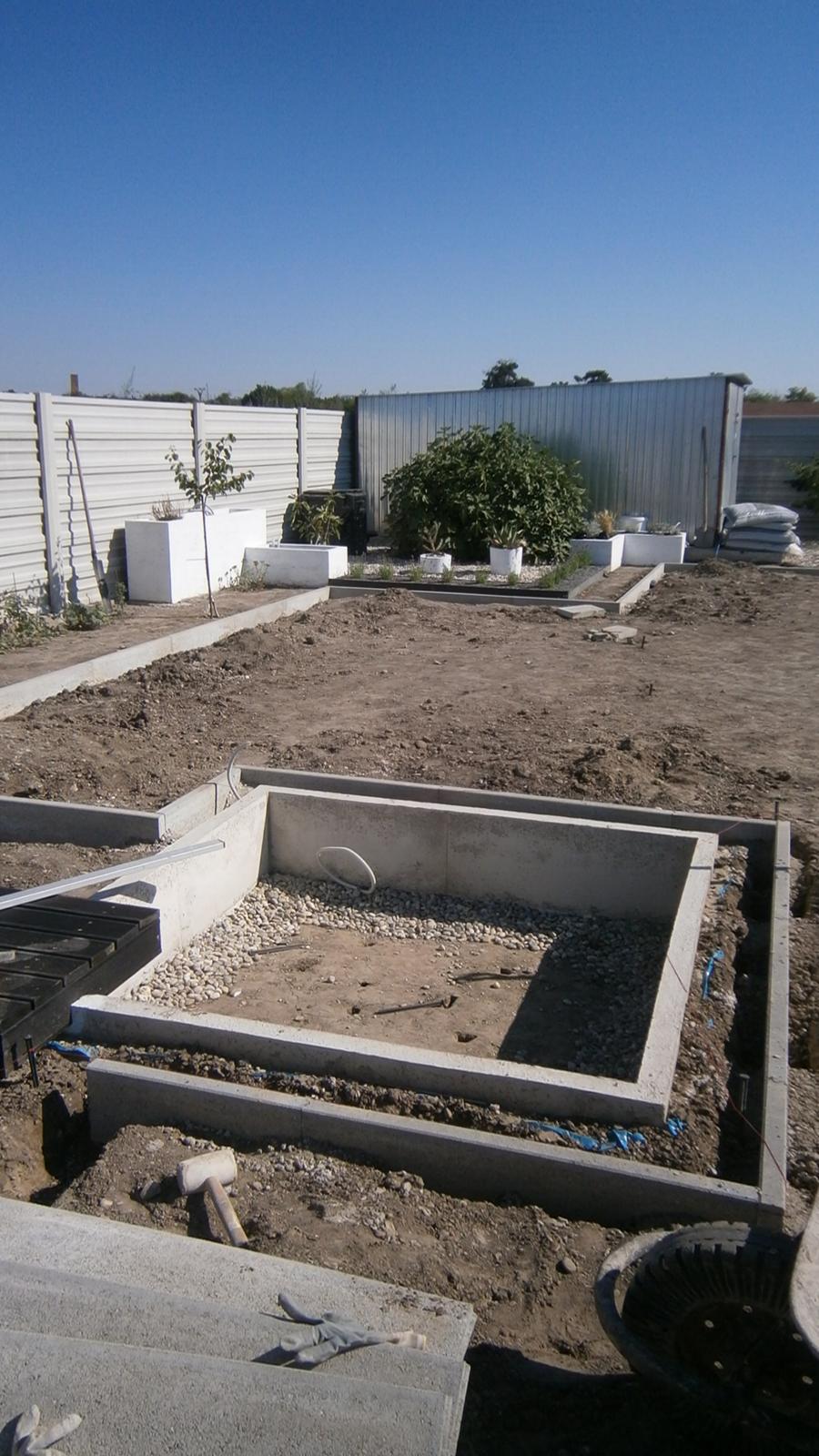 Modern Garden Linear324 - naša prímorská - takto nejako... uz len 65metrov :D