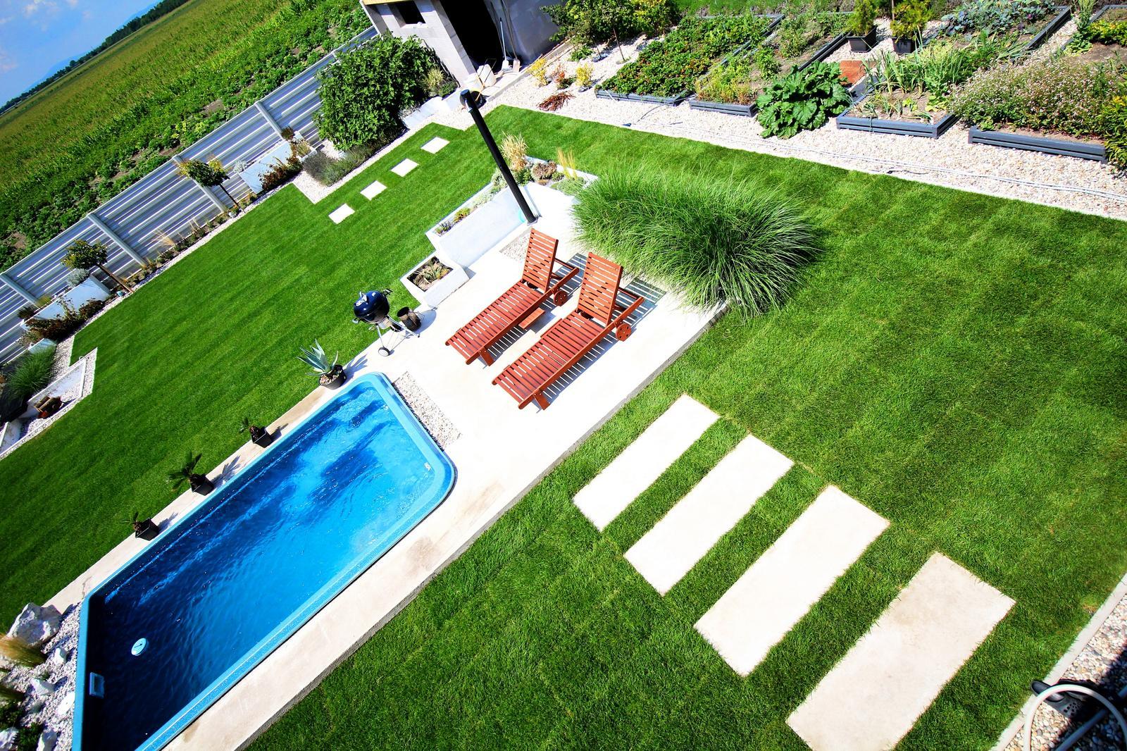 Modern Garden Linear324 - naša prímorská - leto v plnom pruuuude :)