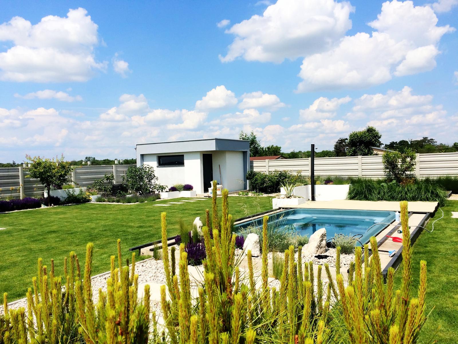 Modern Garden Linear324 - naša prímorská - tie oblaky som musel proste odfotit :D megaaaa