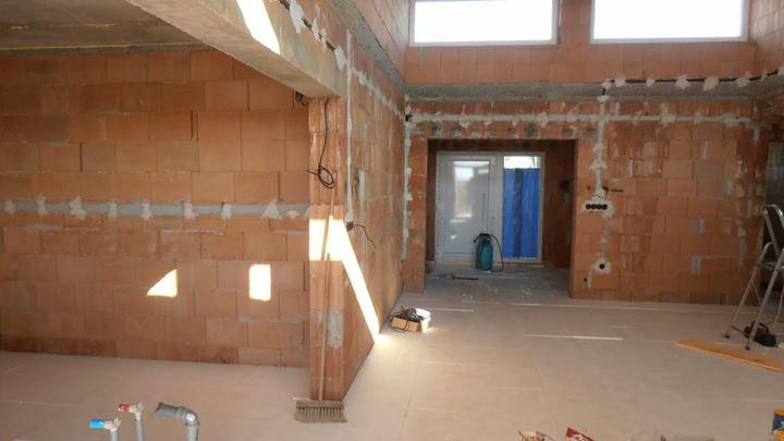 LINEAR 324 od...do... - 13-14.8 konecne podlaha pripravena pre plynarov