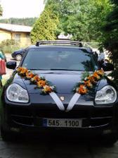 ..ještě jednou autíčko nevěsty