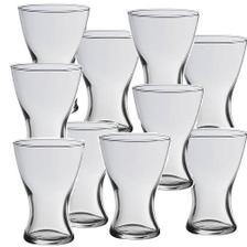 týchto 10 váz máme doma, budú slúžiť ako dekorácia na stoly