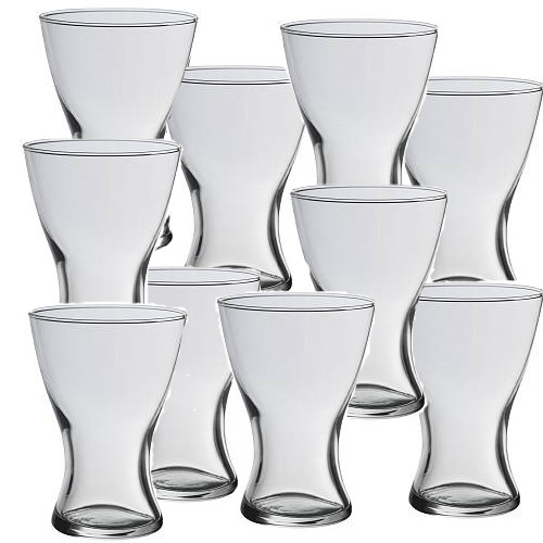 V & J . . . . . 26. august 2006 - týchto 10 váz máme doma, budú slúžiť ako dekorácia na stoly