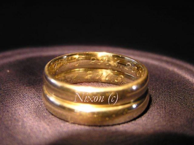 V & J . . . . . 26. august 2006 - iba na vnútornej strane je vygravírovaný dátum svadby a naše iniciálky