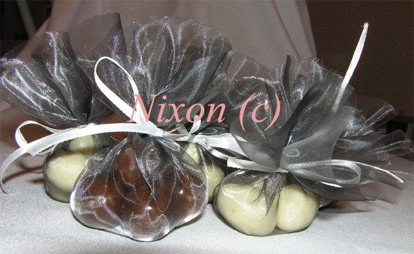 V & J . . . . . 26. august 2006 - lieskovce a mandle v čokoláde a jogurte ...