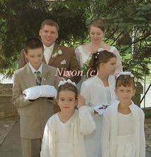 čakáme, kým zaznie svadobný pochod, aby sme mohli odkráčať k oltáru