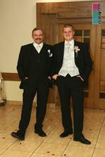 ženích a svadobný ocko