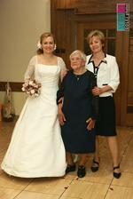 nevestina mamička a 95 ročná prastarká