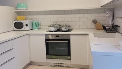No a pomaly vykladam , ukladam, prekladam....stahujem veci z bytu do novej kuchyne...