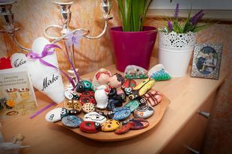 ..kamienky lienky a chrobaciky vyrobene mojou najzlatsou mamkou:)