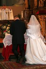 ... požehnání v kostele ....