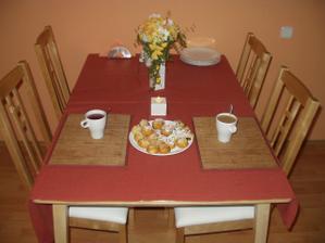 První snídaně ve stavu manžeslkém ...