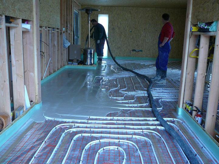 Podlahovka - vylití anhydridu