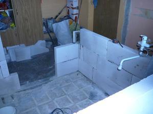 vyzdívka nových stěn v koupelně
