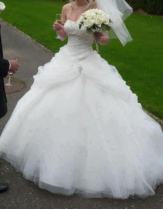 Wedding dress - Obrázek č. 57