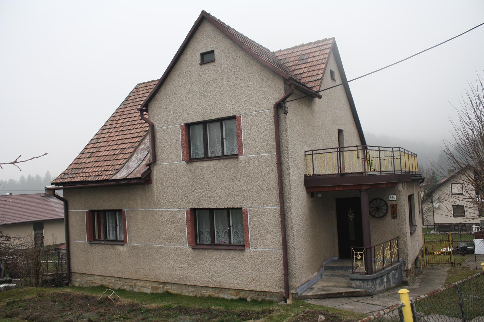 ..Prer�bka rodinneho domu....... - Začiatok...dom po mojej babke...Rok dokončenia 1962...