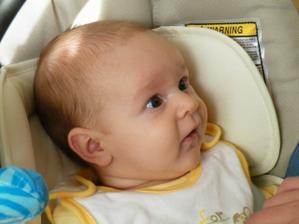V pátek 13. února 2009 se narodilo naše první děťátko - chlapeček Míša:-)