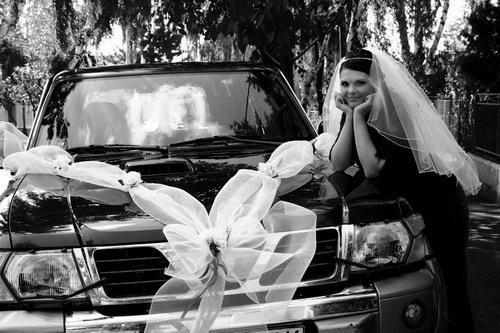 Lucia & Rasťo 9.8.2008 - Výzdoba na auto od kamarátky Aďky