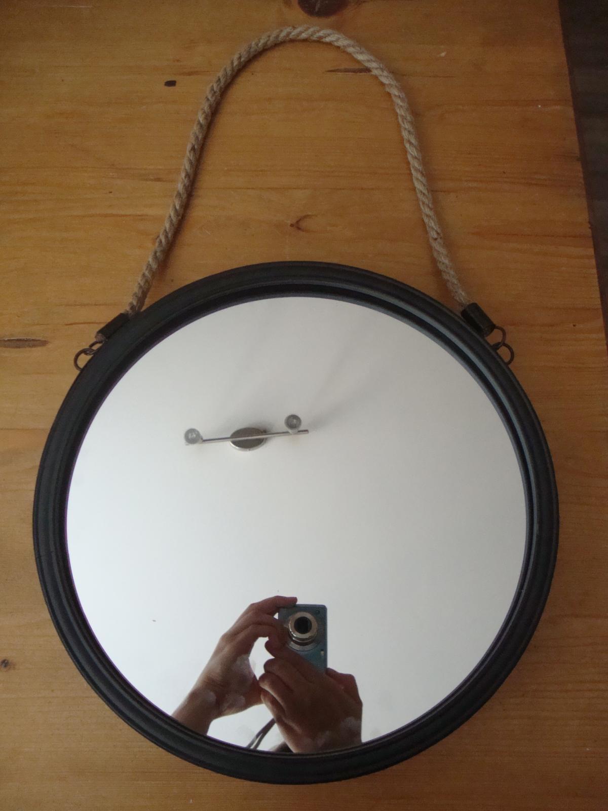 Nový kabát - PŘED zrcadlo z Pepco-bohužel už neměli bílé