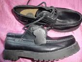chlapecká kvalitní  obuv ,perfektní stav, 32