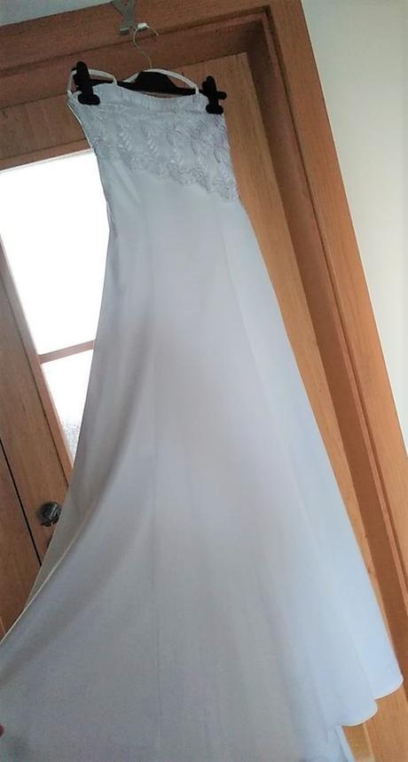 svatební šaty, nebo pro  větší  družičku - Obrázek č. 1