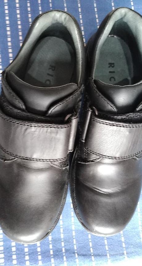 chlapecká obuv černá - Obrázek č. 1