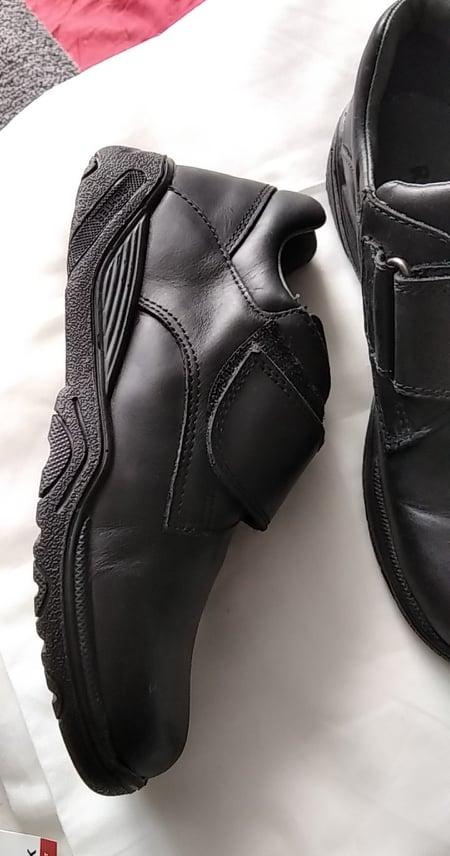 Nové pohodlné černé boty pro chlapce v.36 i na vysoký nárt, - Obrázek č. 1