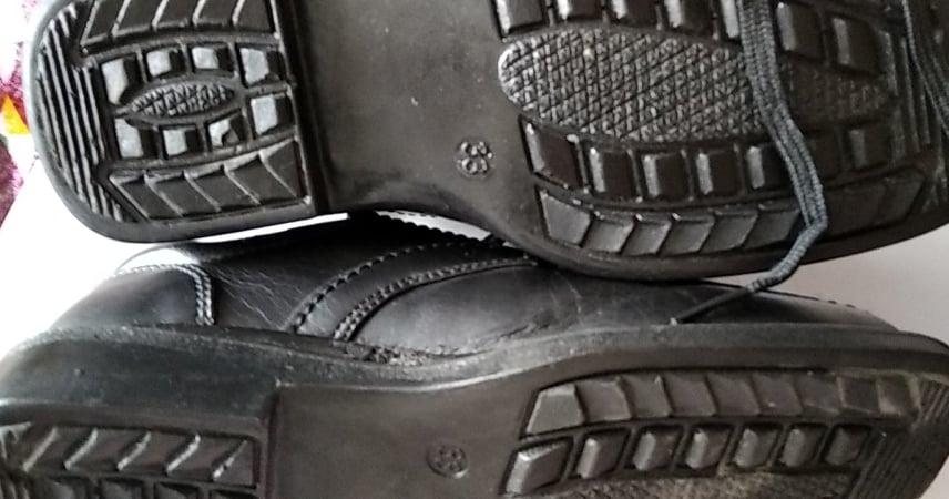 černé společenské boty vel.33 - Obrázek č. 4