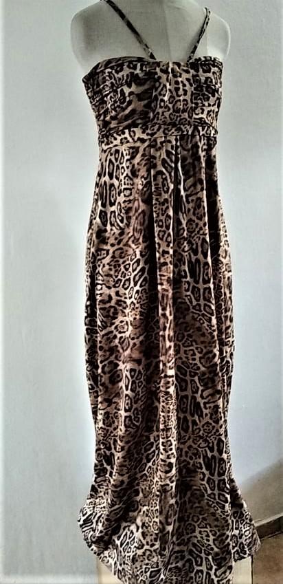 luxusní dlouhé šaty  vel. 42 ..ale klidně i 40 nebo 44 - Obrázek č. 1