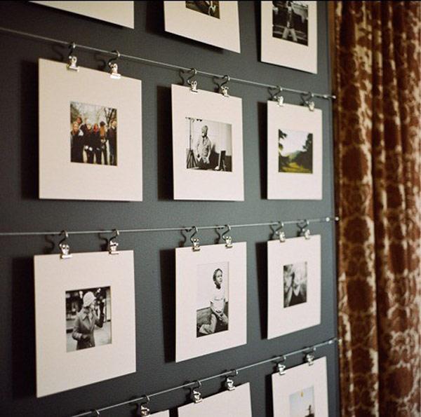 """Aby steny neboli """"holé"""" - Trochu netradičné zavesenie fotiek"""