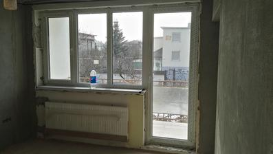 ...máme okná...