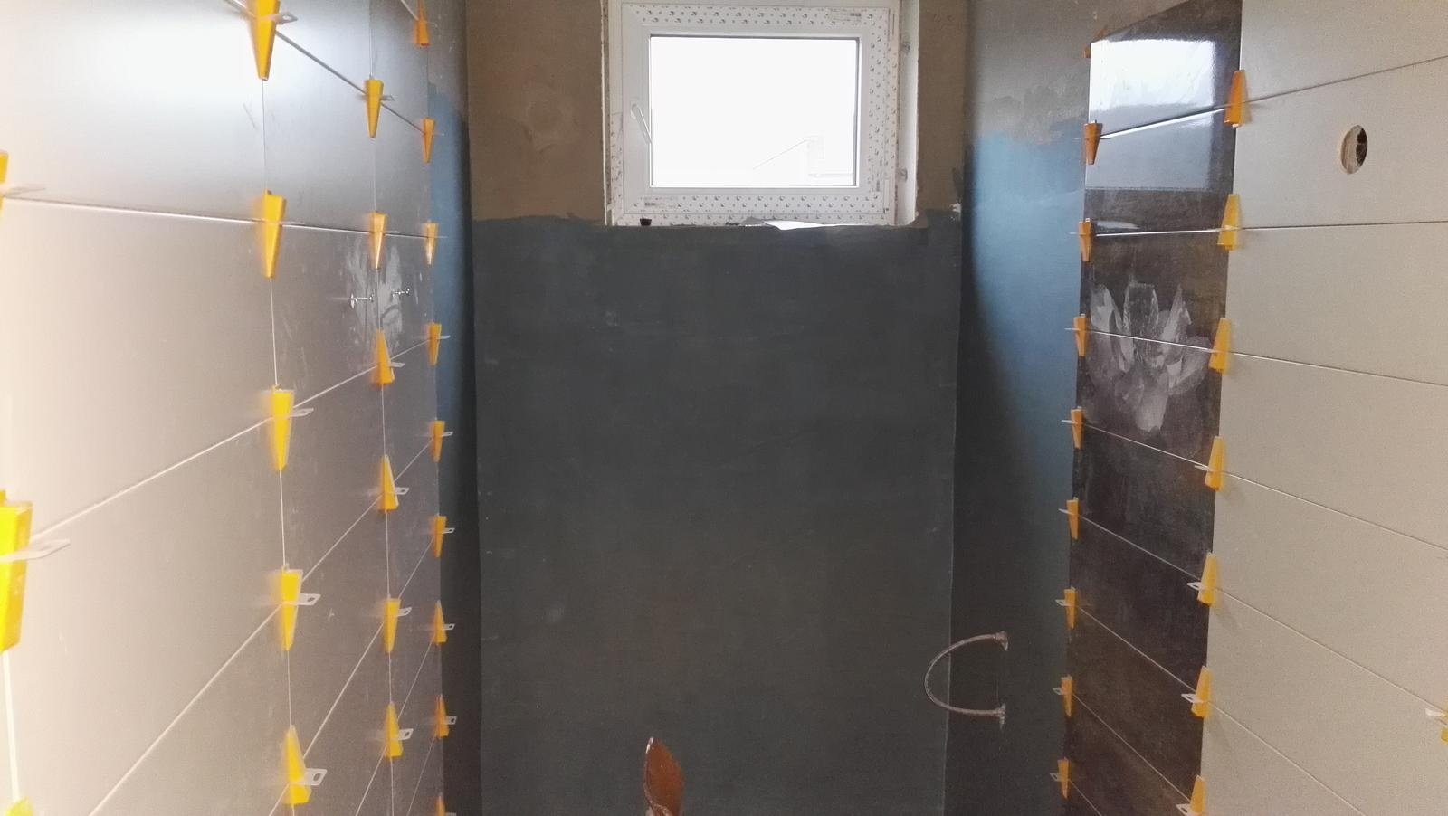 Projekt: Nové bývanie ... - ... pod oknom na celú šírku pôjde sprcháč ...