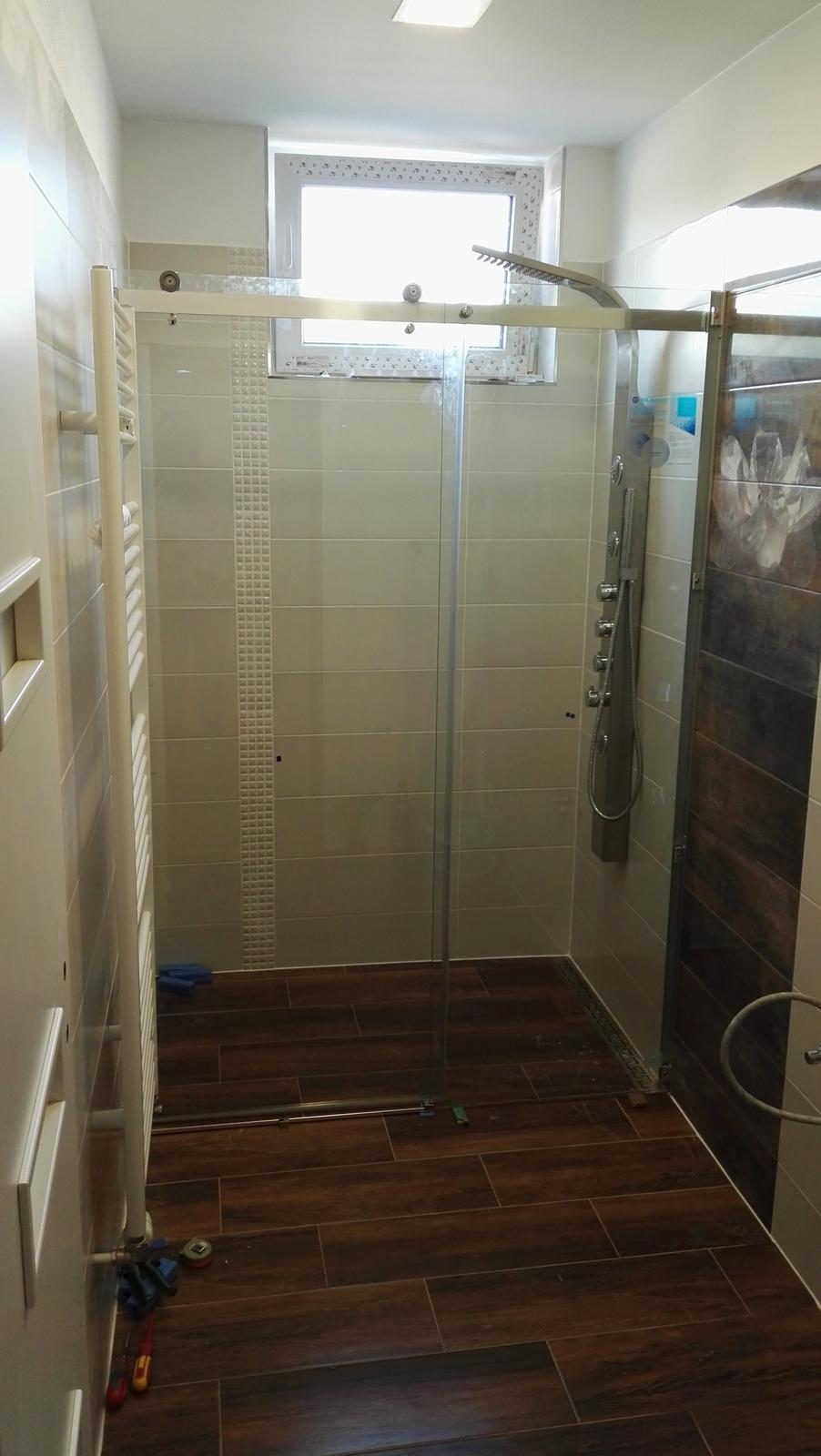 Projekt: Nové bývanie ... - ... finišujeme aj na kúpeľni ...