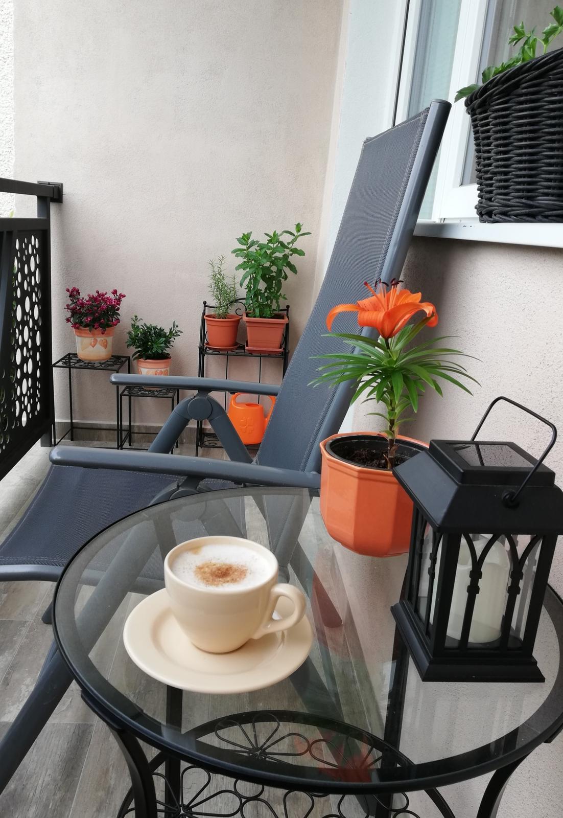 Projekt: Nové bývanie ... - ... kávičkovanie