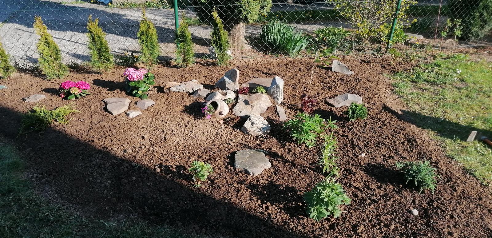 """Naše malé """"pole neorané"""" :o) záhradka 2. rok - Obrázok č. 10"""
