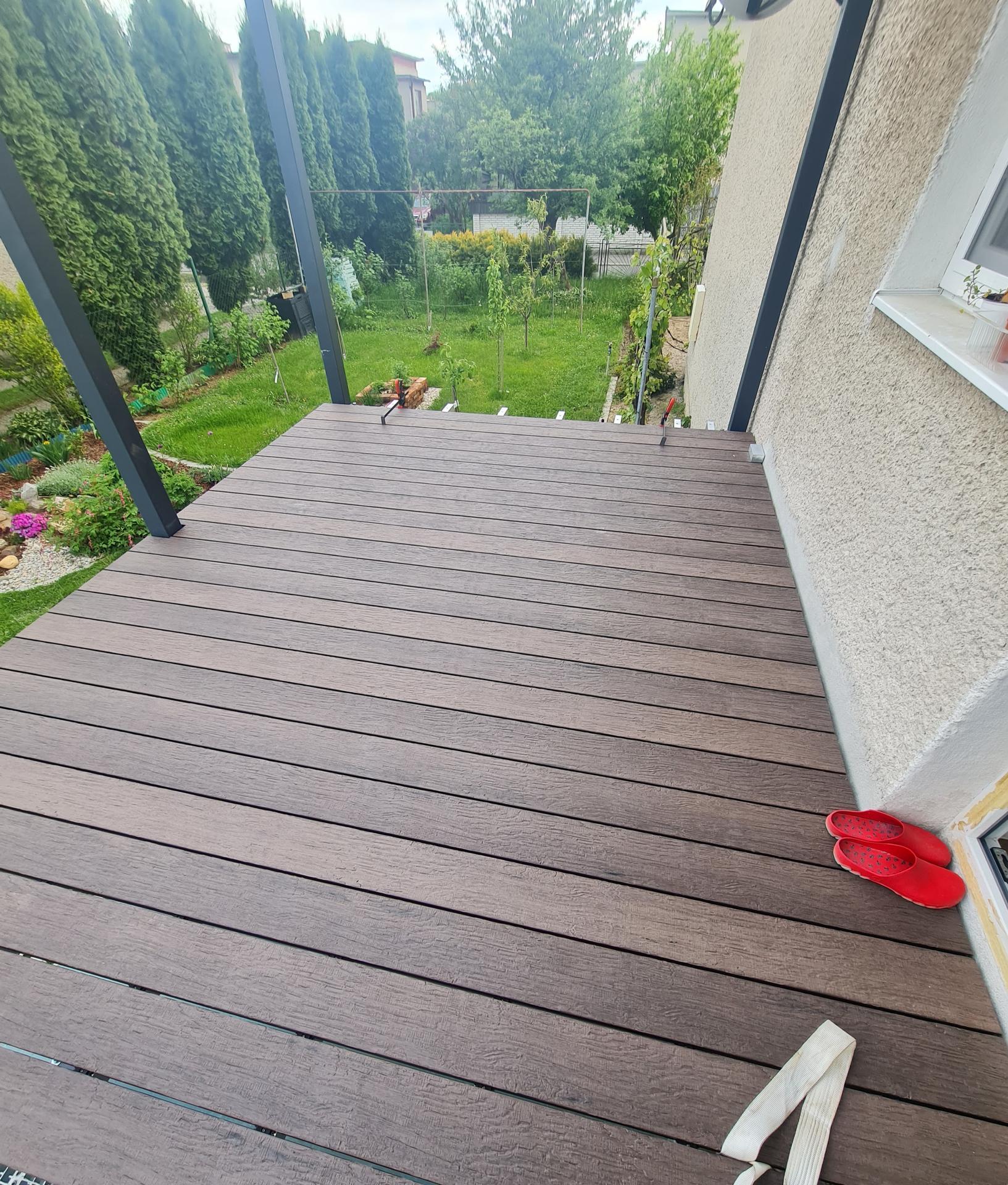 Premena balkóna na terasku - Obrázok č. 14