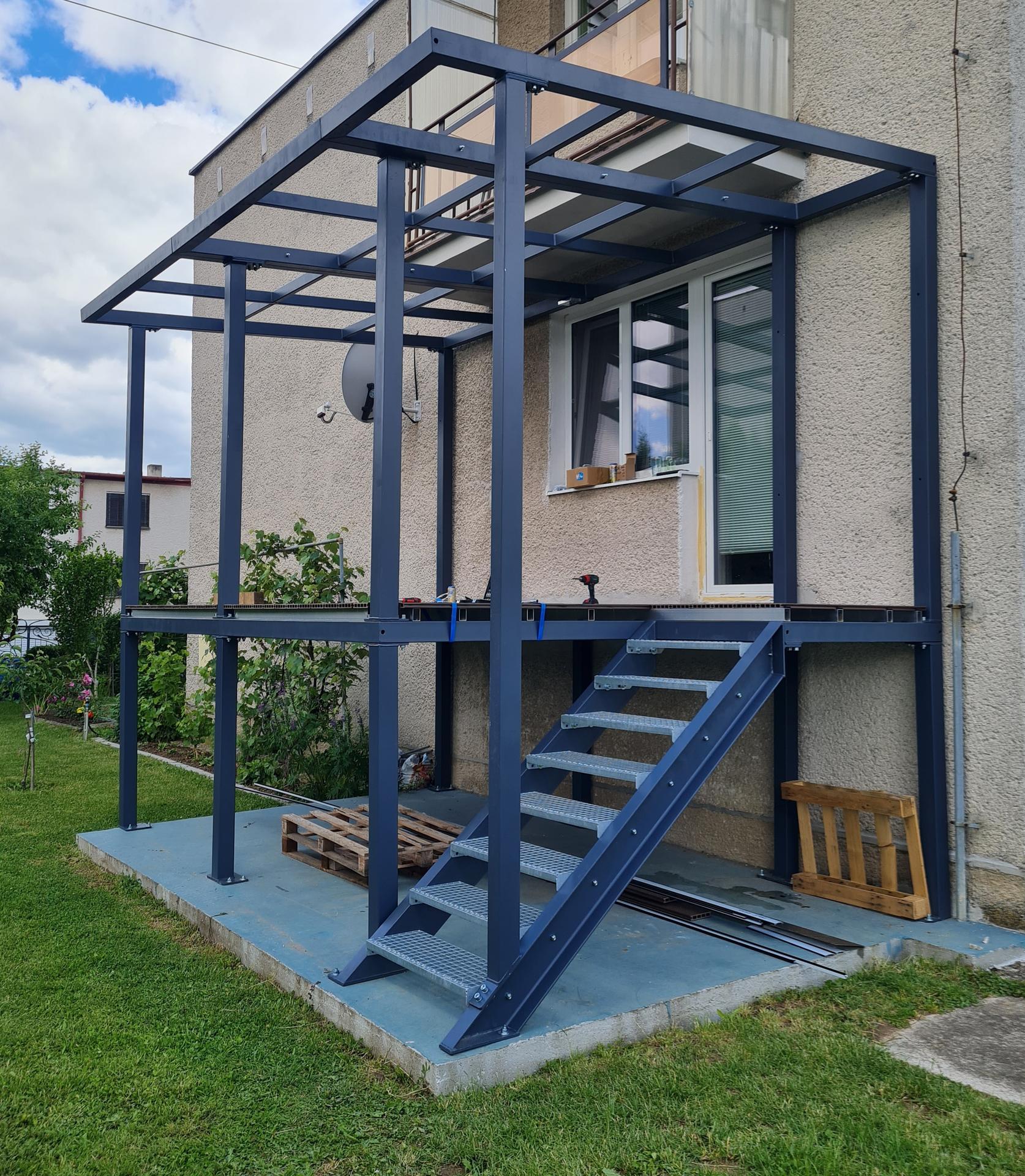 Premena balkóna na terasku - Obrázok č. 18