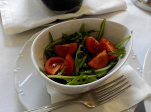 Rukolový salátek s cherry rajčátky
