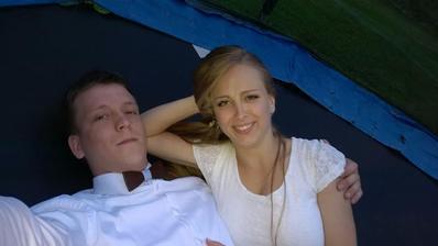 Večerní pohodička na trampolíně, novomanželské selfie :D