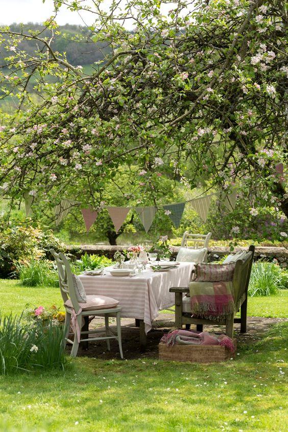 Poseďme si v záhrade - Obrázok č. 2